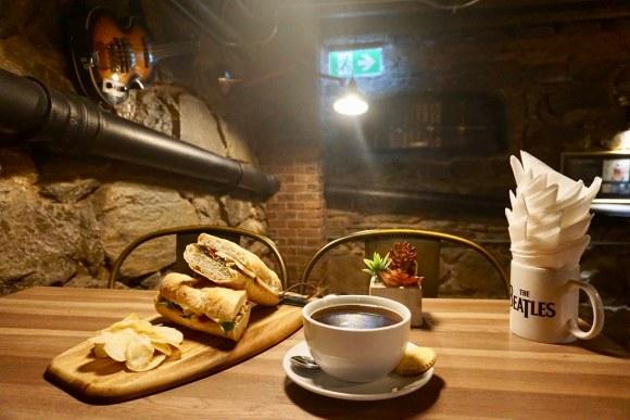 Sandwich La Caverna