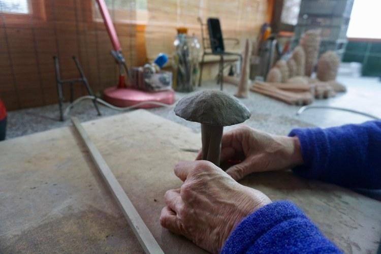 Creando hongos en cerámica