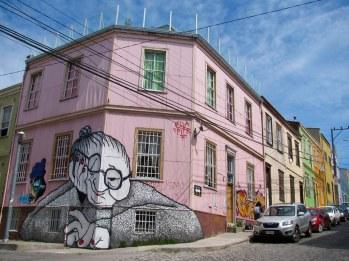 La abuela aburrida, Ella Pitr. Cerro Alegre, Valparaíso.