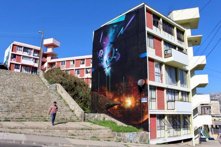 """""""La energía emanada de Valparaíso"""", por Claudio Dre para Valparaíso en Colores. Cerro Lecheros."""