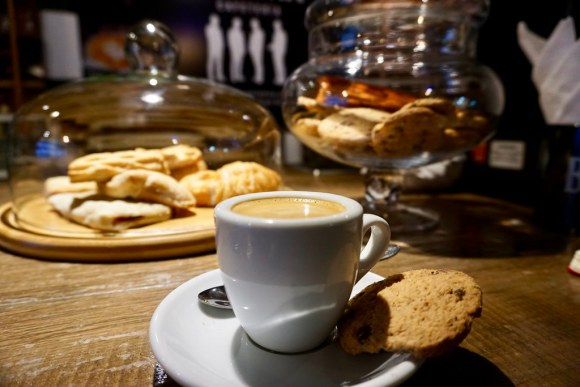 Café La Caverna, Playa Ancha. Valparaíso.