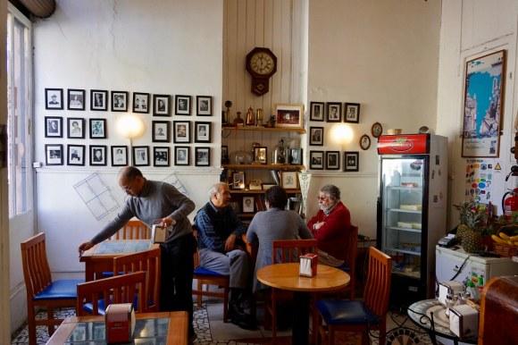 Café República Independiente de Playa Ancha. Valparaíso.