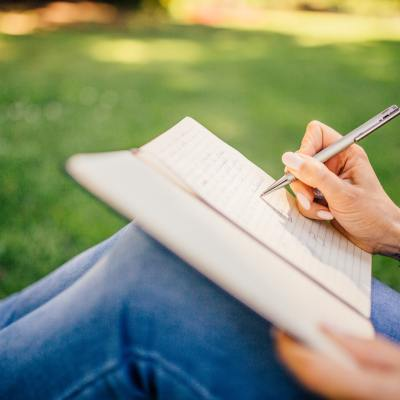 5 Ways to Journal In Your Relationship with Jesus
