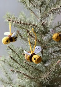 Honey Bee Amigurumi- 2 Different Ways Blog Post
