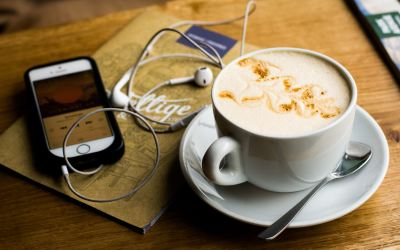 5 Podcasts to Jumpstart Your Positivity