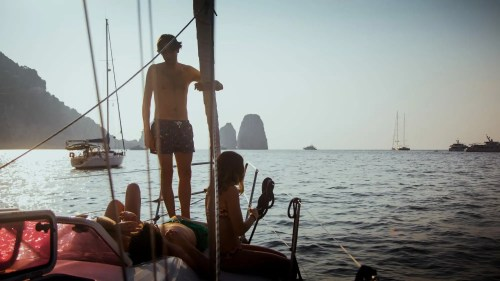 APZmedia - stills from Antlos Betteronboard