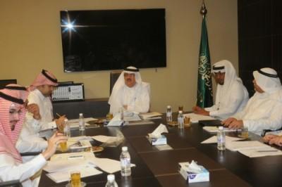 اجتماع لجنة المقاولين الإنشاء والتطوير