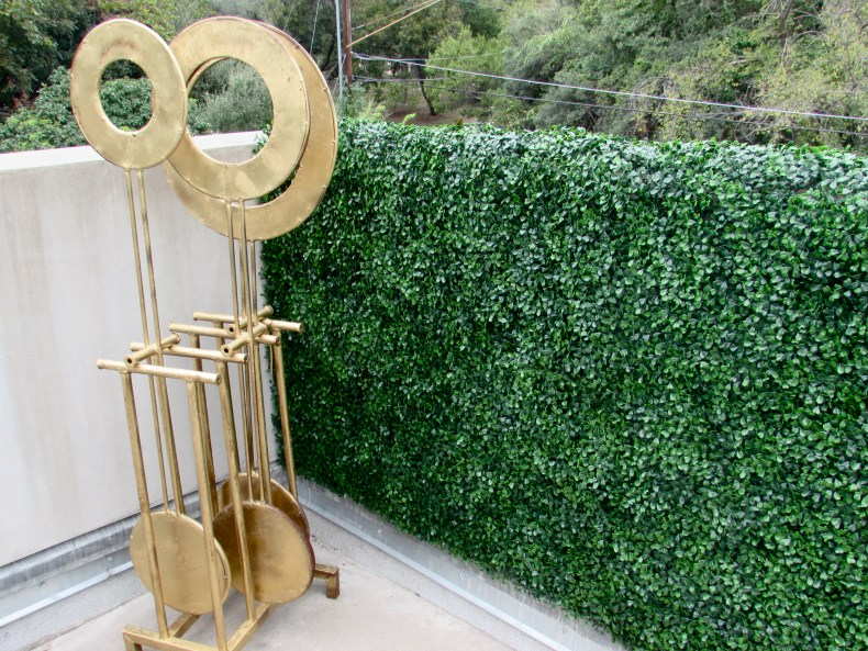 gold- metal art-boxwood