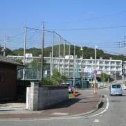 鏡野中学校(徒歩5分)