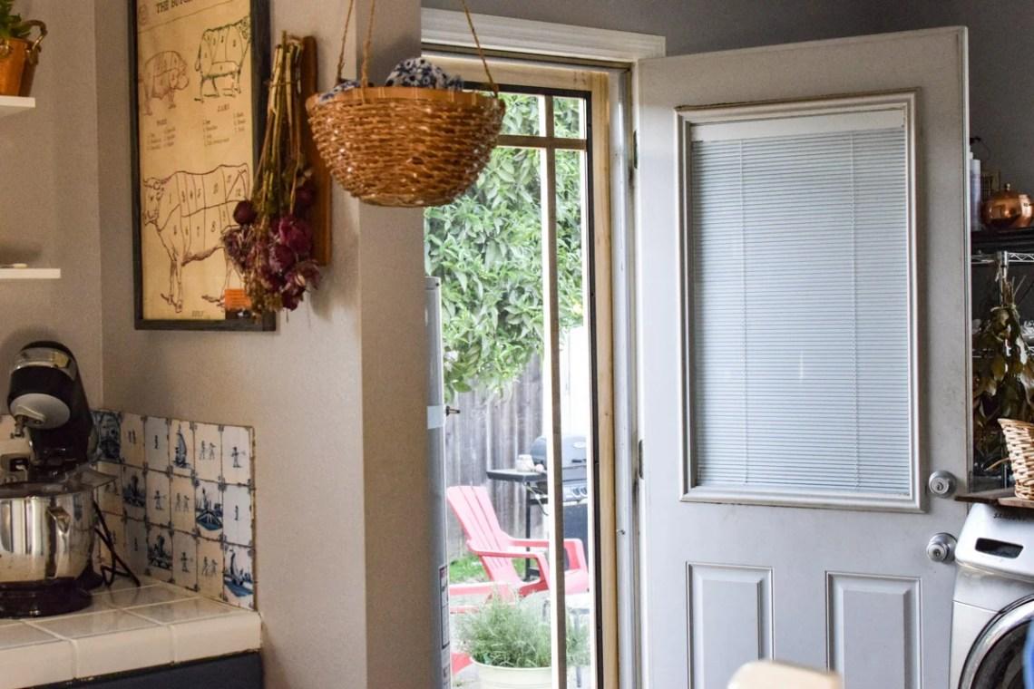 a screen door on a kitchen