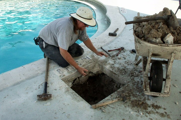Find And Fix A Leak In Your Swimming Pool  aquanuts pool