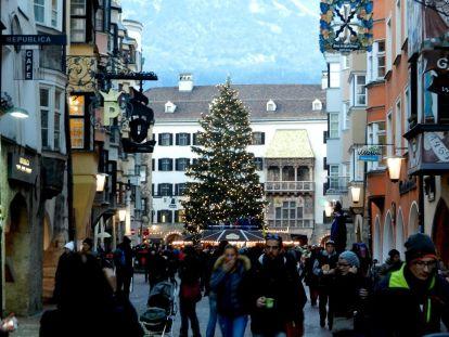 weihnachten, christmas, xmas, noel, yule, Noël, heiligabend, Christmas Eve, veille de Noël, réveillon, advent, avent, christbaumschmuck, christmas tree decoration, arbre de Noël, bijoux, décor, kugeln, bowles, boules, weihnachtsmarkt, Innsbruck, tirol, goldenes dachl