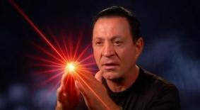 Dr Turi Louis_Light