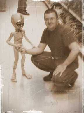 extraterrestrials first-alien-contact-attempt-is-185-years-old-2