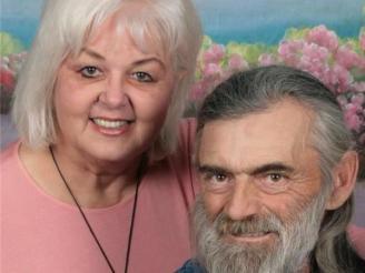 Theresa J & Thomas Morris 321047_Otx79EZg