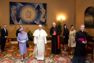 Queen+Duke+Edinburgh+Visit+Rome+Vatican+City+yTrPhncLBa1l