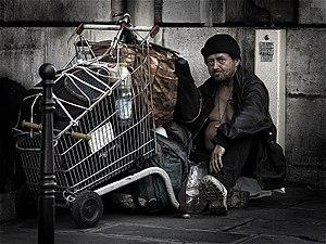 300px-HomelessParis_7032101