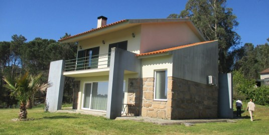 Lovely house near the river Dão (TON188)