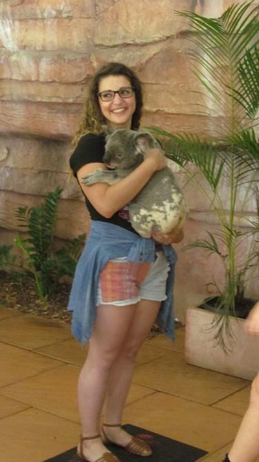 I hold a koala bear at The Australia Zoo. Photo by: Tessi Jimmink.
