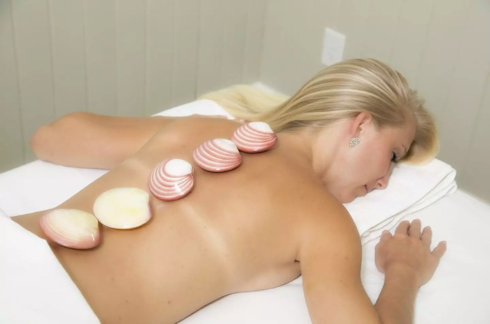 Massage with Hot Stones for Wellness Wednesday at AQUA Spa