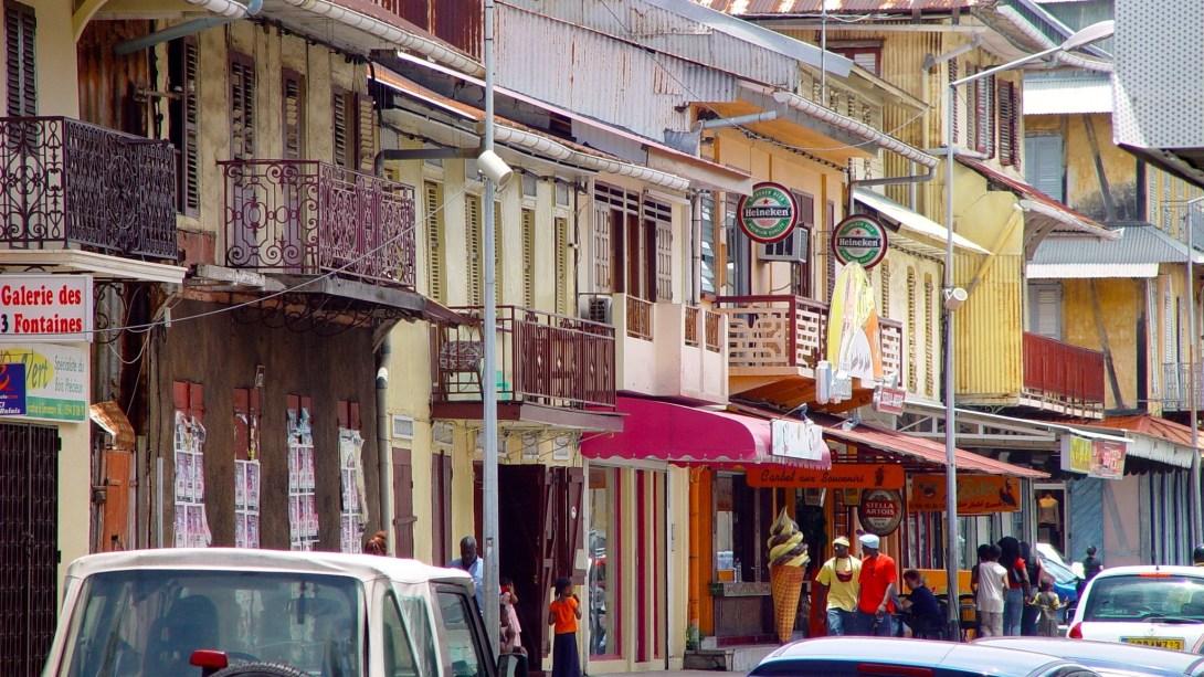 Die Altstadt von Cayenne wird von Gebäuden im Kolonialstil dominiert