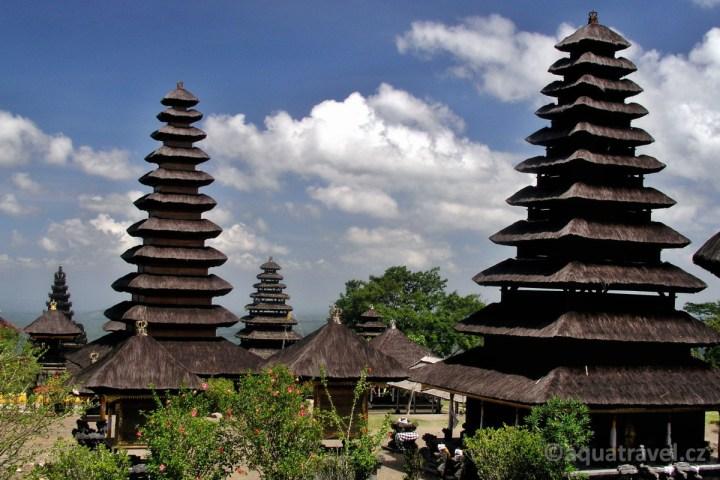 Besakih pohled na jih, dovolená Bali