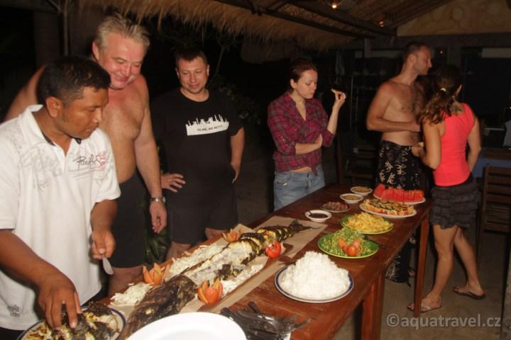 Večeře v Tulambenu