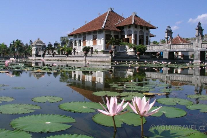 Ujung - královský vodní palác