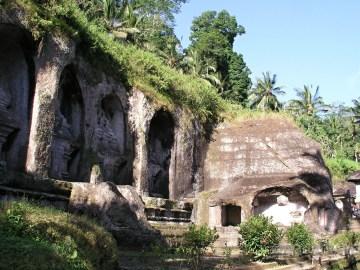 Gunung Kawi - hrobky králů a královen z 11. století