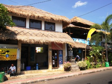 Deep Blue v Tulambenu český hotel na Bali