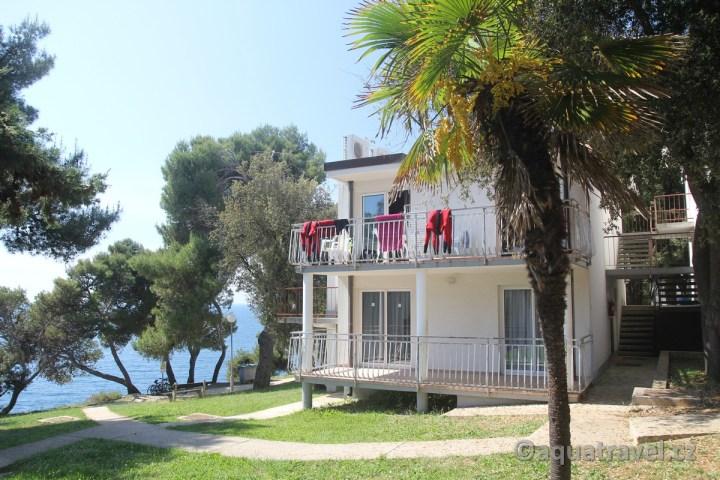 Verudela Beach Pula apartmány v patrových budovách