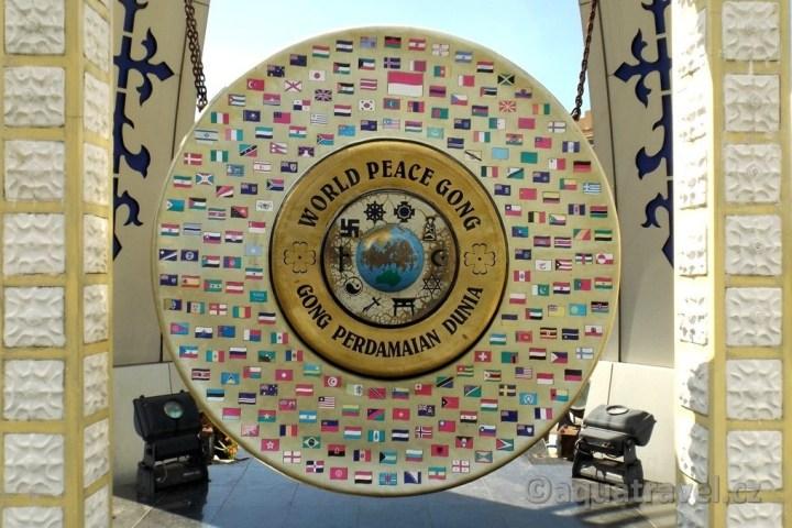 Gong světového míru Ambon