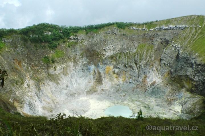 Kráter sopky Lokon