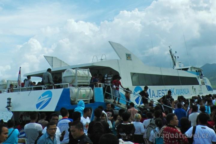 Rychlá loď na Siau