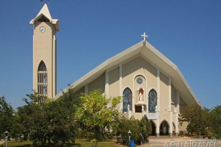 Katedrála Neposkvrněného početí v Dili