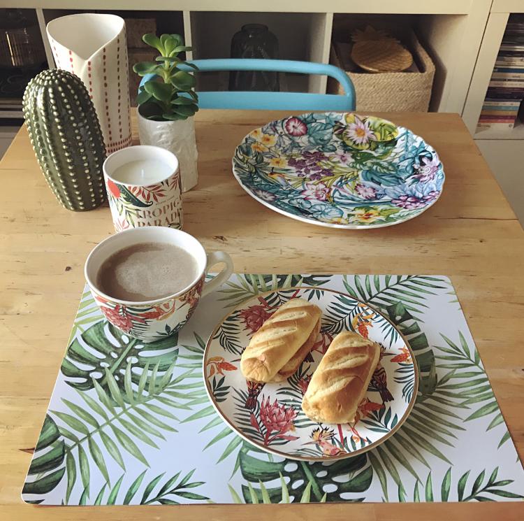 Set Desayuno Tropical con Filo Dorado de H&M Home