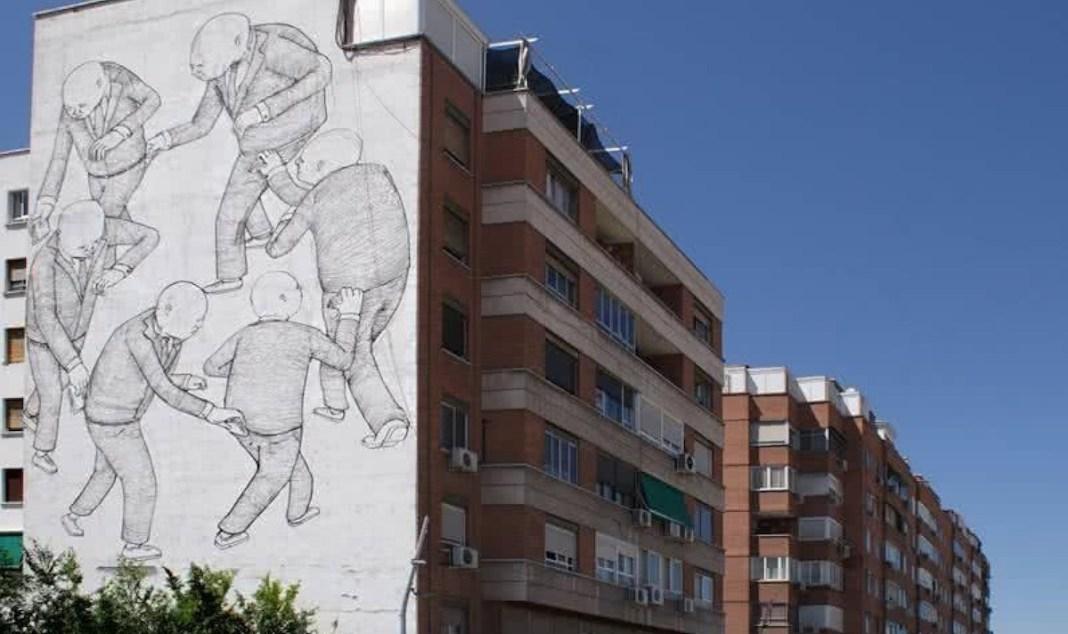 Imagen de la fachada con el mural de Blu   Foto: Página web del artista (blublu.org)