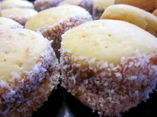 Alfajores de maicena made by mum... yummy yummy