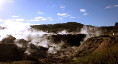 [ Craters of the Moon, TAUPO ]