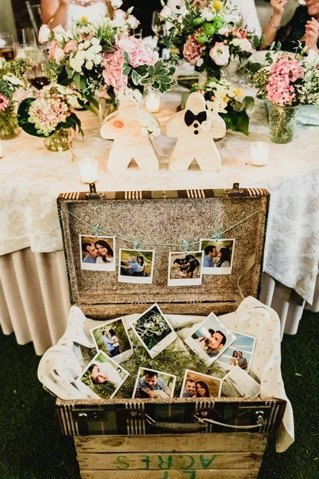 mesa novios maleta decoracion fotos