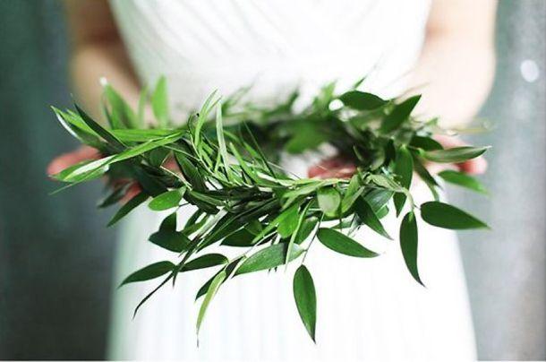 corona-de-flores-para-boda-color-greenery
