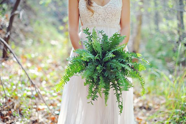 Ruffled - photo by http//arinabphotography.com/ - http://ruffledblog.com/greenery-filled-wedding-ideas/