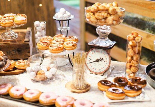 Barra libre de Donuts