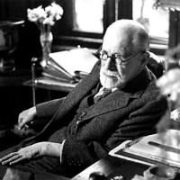 """Sigmund Freud: """"Los que Fracasan al Triunfar"""".-"""