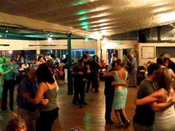 milonga jovem tango