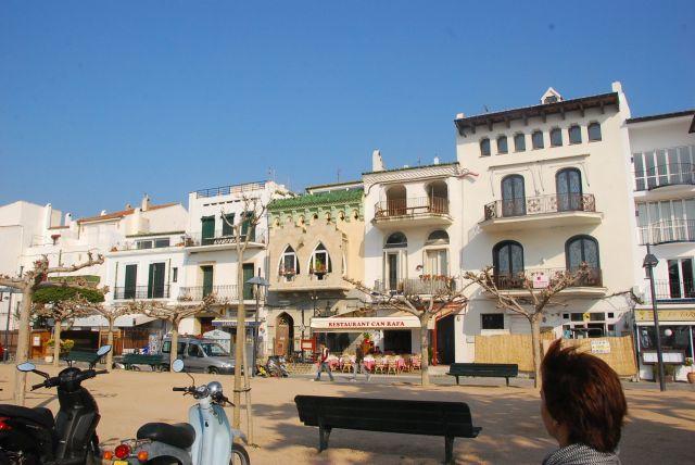 Costa Brava Cadaques Rua princial