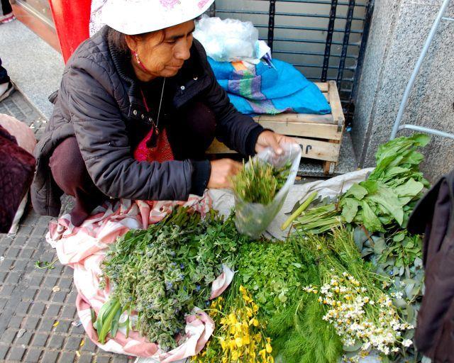 Mercado Boliviano de Liniers_vendedora