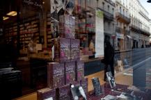 Eines von insgesamt 19 Schaufenstern in der Innenstadt von Bordeaux.