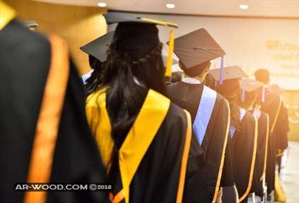 كلمة طالب في حفل التخرج