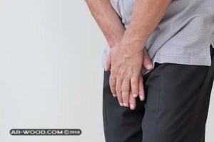 إلتهابات الجلد بين الفخدين وأسفل الخصيتين